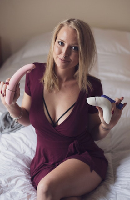 5 sex bloggers share their top toys for vulvas